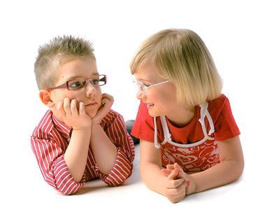 Як підібрати дитині оправу для окулярів  » Діти e2c6ba4bdda5d