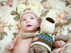 Чому немовля часто гикає?