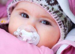 Як одягати новонародженого взимку?