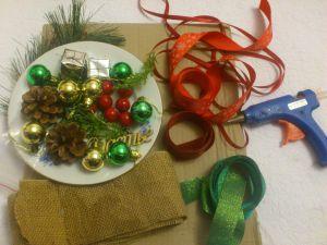 Як зробити новорічний вінок?