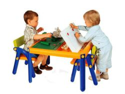 Дитячі столи та стільці від 2 років