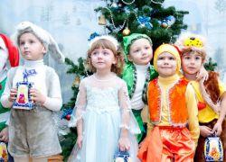Новорічні ранки в дитячому саду - підготовча група