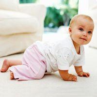 Розвиток дитини 9 місяців