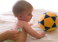 Кашель у дитини грудного віку без температури – чим лікувати?