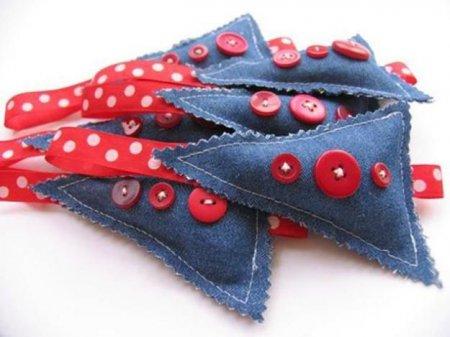 Прикраси з джинсової тканини своїми руками: ідеї, майстер-класи